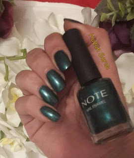 note-green-nail-polish