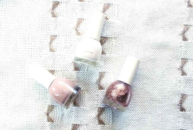 H&M sminka.H&M makeup.H&M precious neutrals nail colour trio nail polish set.