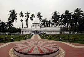 Cooch Behar Palace picture