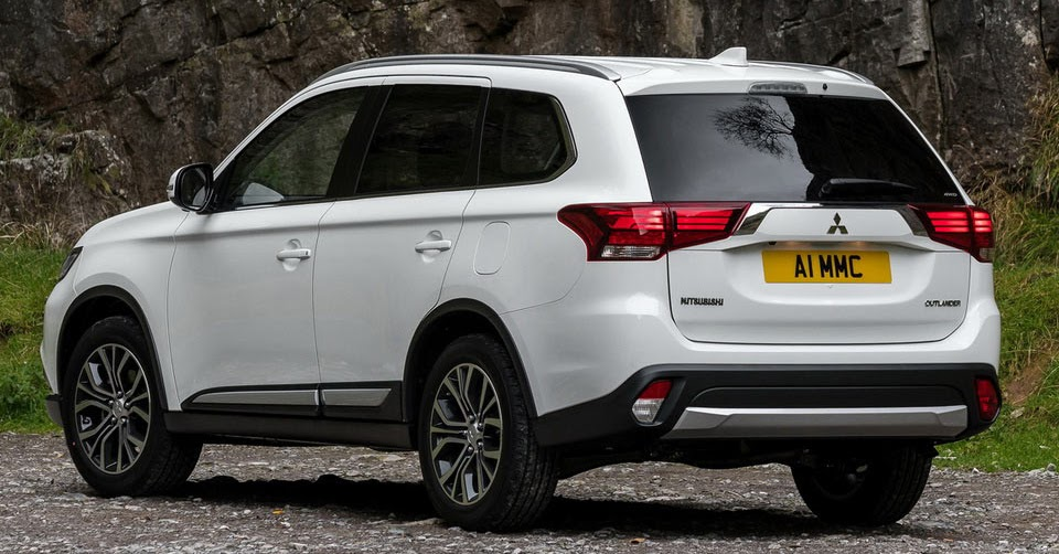 updated 2017 mitsubishi outlander diesel joins uk range. Black Bedroom Furniture Sets. Home Design Ideas