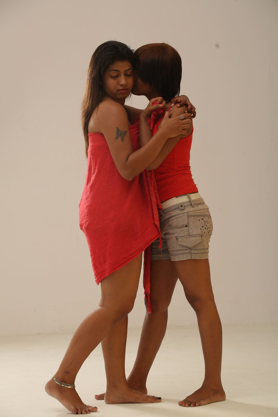 Hd Wallpaper Of Beautiful Indian Girl Telugu Movie Affair Hot Photo Shoot Hd Latest Tamil