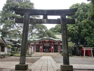 品川神社石造鳥居