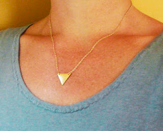 collier triangle femme
