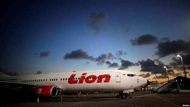 BREAKING NEWS! Pesawat LION AIR Hilang Kontak. Basarnas Kerahkan Helikopter untuk Mencari