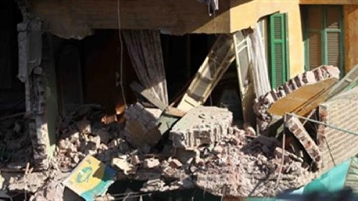 التفاصيل الكاملة لإنقاذ سيدة وابنها بعد انهيار عقارهما في الإسكندرية