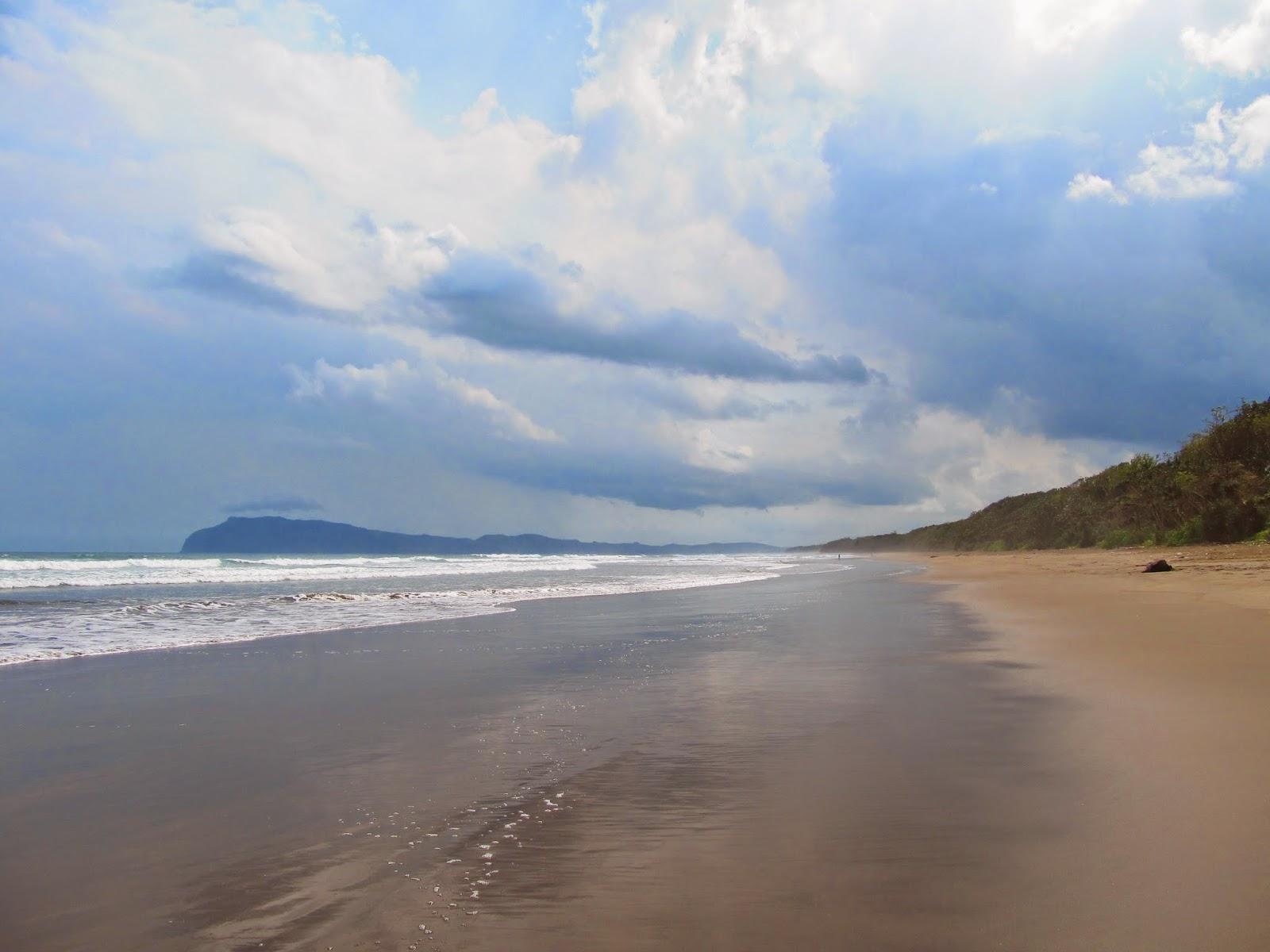 Pantai Ngagelan, Taman Nasional Alas Purwo, Banyuwangi.