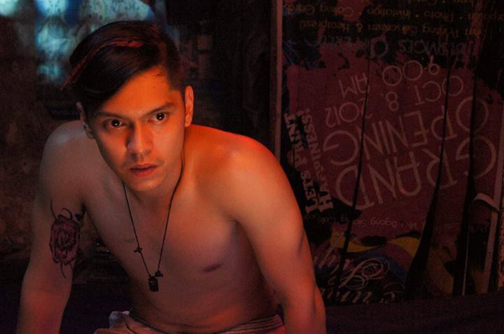 Carlo Aquino Shirtless in Porno
