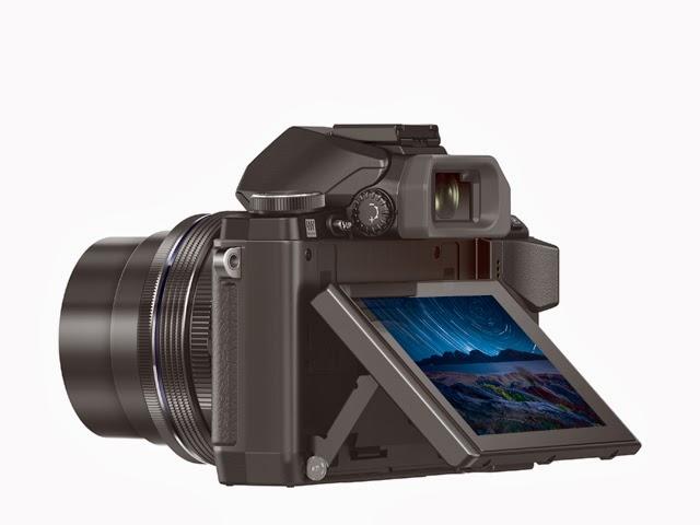 Fotografia del monitor basculante della Olympus OM-D E-M10