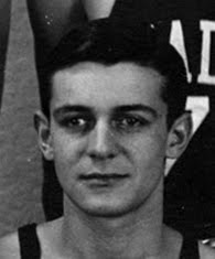<b><i>EAGLES BASKETBALL IN 1940-41</i></b>