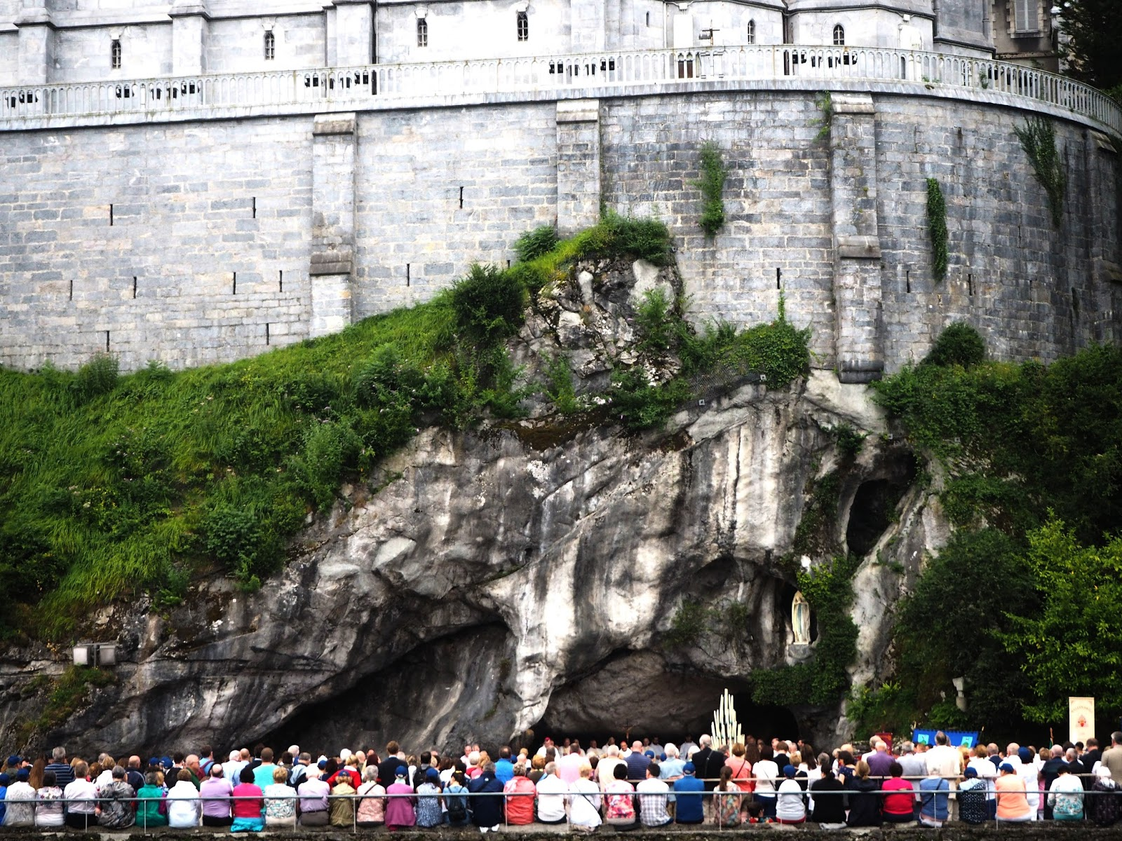 Travel: A Day in Lourdes, France | Travel Blogger | A Bucket List Experience | Sanctuary of Our Lady of Lourdes