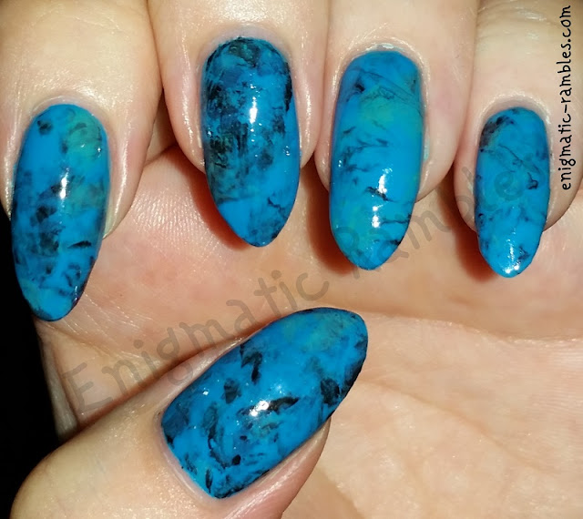 blue-marble-nails