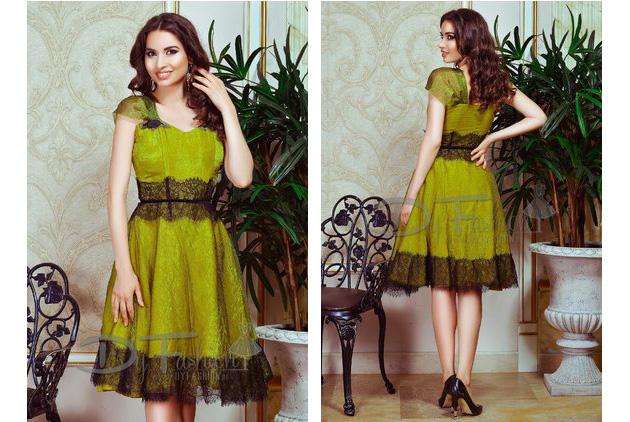 rochie de ocazie in nuante de verde kaki cu aplicatii de dantela