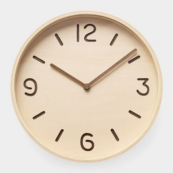 Bi-Color Plywood Clock