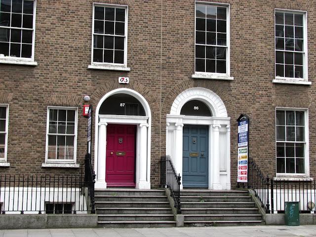 Дублин, разноцветные двери