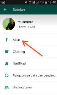Sebagaimana yang sudah kamu ketahui untuk menandai bahwa pesan yang kamu kirim sudah dibaca ma Cara Menghilangkan Tanda Baca/Centang Biru di WhatsApp