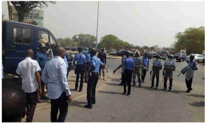 Welcome to Stars Pat Nigeria : Gunmen abduct two Chinese
