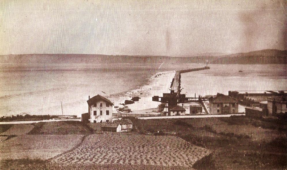El rompeolas de Santurce. Año 1926.