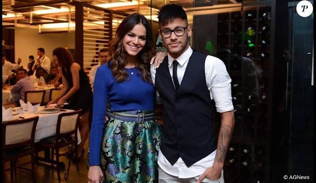 Neymar se declara para Bruna Marquezine