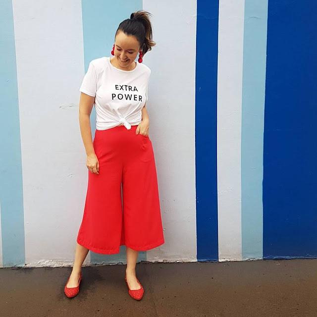 pantacourt vermelha, cores no look, maxi tshirt, look zara, blog de dicas de moda, blogueira de moda em ribeirão preto, blog de dicas de moda, o melhor blog de dicas de moda