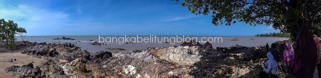 pantai unik bangka