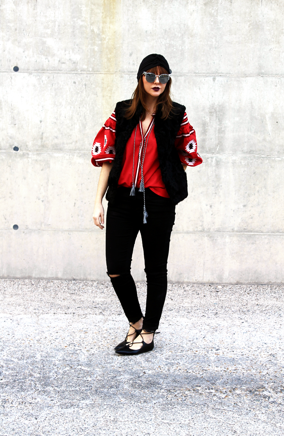 2-Francesca-Focarini-winter-outfit-boho-red-blouse