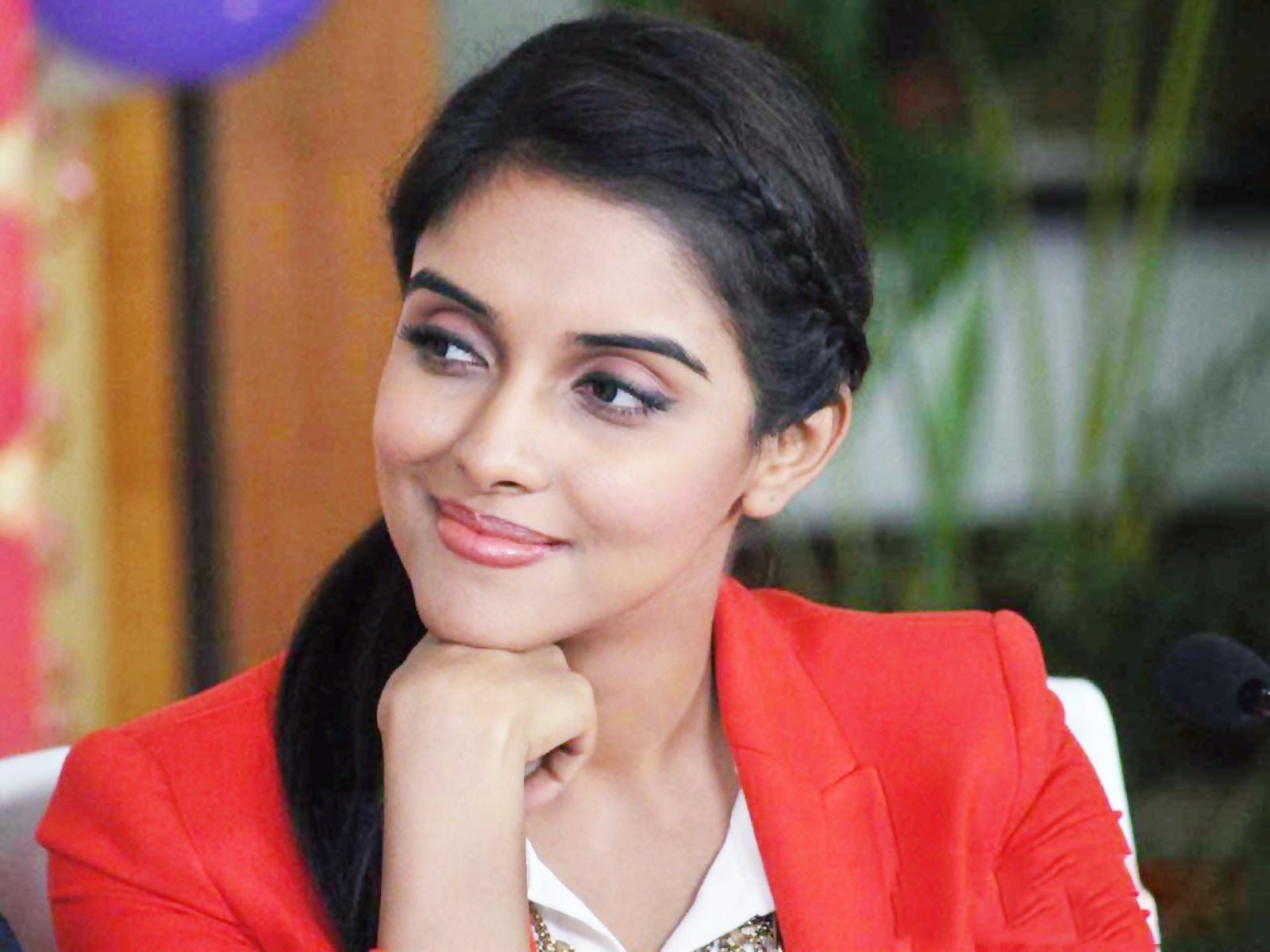 beautiful desktop hd wallpapers download beautiful actress asin thottumkal wallpaper beautiful actress asin thottumkal wallpaper