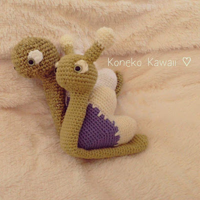 Kawaii Heart Snail Pattern