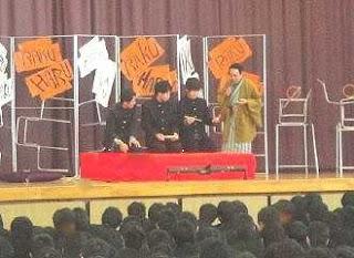 三遊亭楽春講演会 「伝統芸能の落語から学ぶ、表現力とコミュニケーション」体験講座風景。