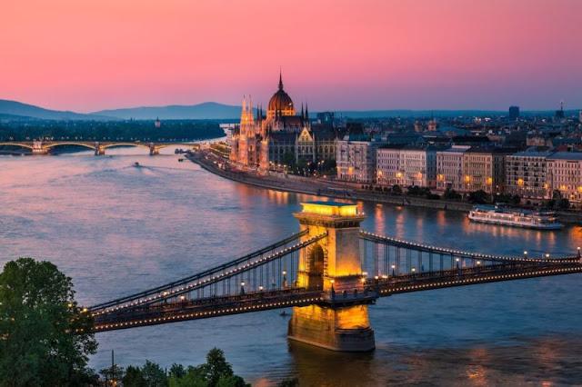 Σαν σήμερα το 1873, η Βούδα και η Πέστη ενώνονται και έχουμε την... Βουδαπέστη!