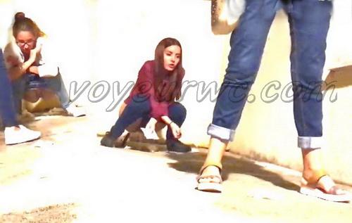 Girls Gotta Go 54 (Spanish drunk girls pee in a public place)