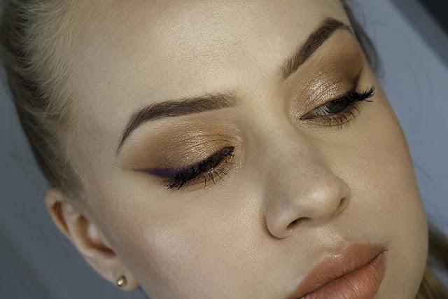 Palety Clare Blanc swatche makijaż mineralny PARIS NUDE
