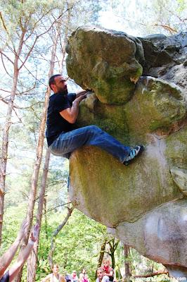 Seb se joue de Chute de pierre, 7A, Rocher Canon, (C) 2014 Greg Clouzeau