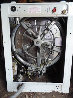 Convert a broken washing machine to Pedal Power - front loader