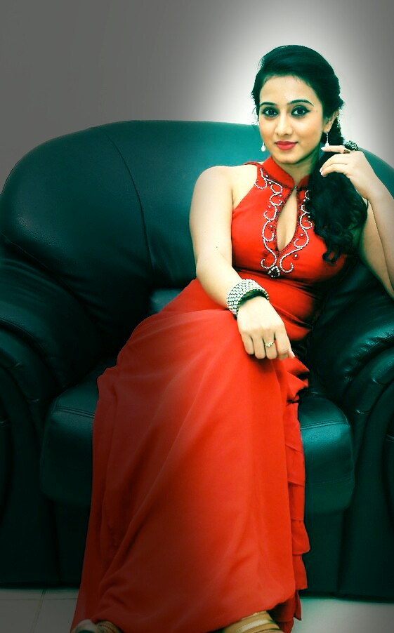 Actress HarshikaPoonacha PhotoShoot