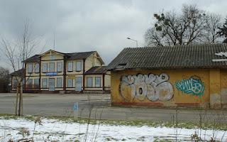 http://fotobabij.blogspot.com/2016/02/puawy-ulkolejowa-ofiary-przemian_66.html