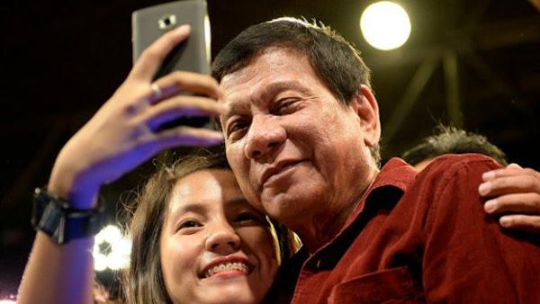 Presidente das Filipinas manda população matar traficantes e drogados para combater criminalidade - LOCUÇÃO EM VÍDEO
