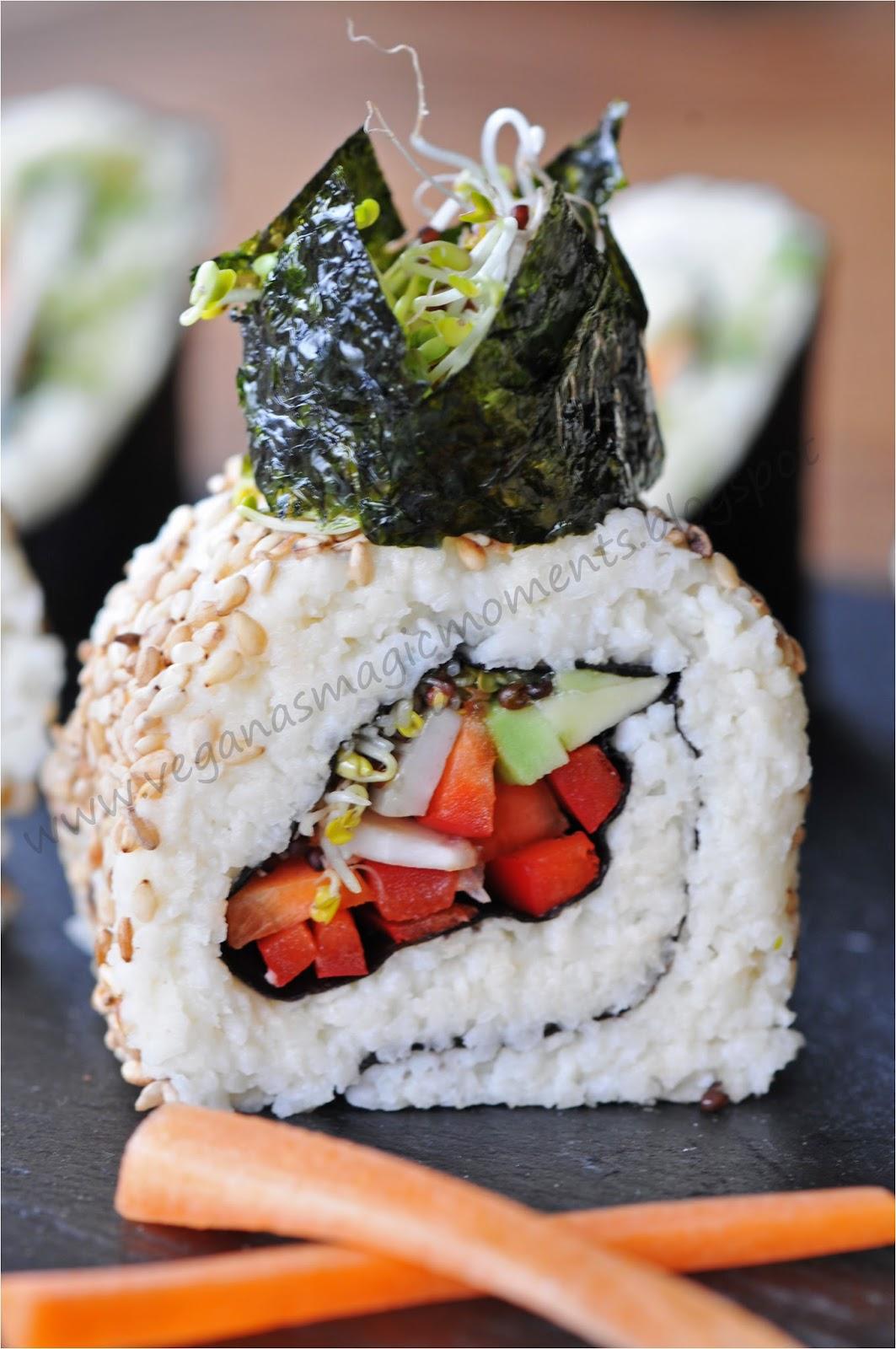 veganas magic moments rohkost sushi mit frisch geriebenem wasabi. Black Bedroom Furniture Sets. Home Design Ideas