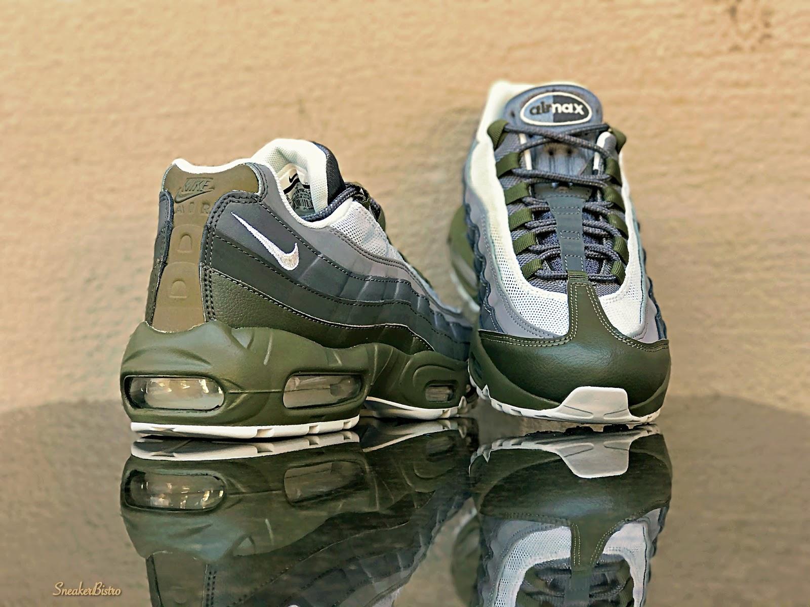 huge discount c6feb a0f6b SNEAKER BISTRO - Streetwear Served w| Class: Nike Air Max 95 ...