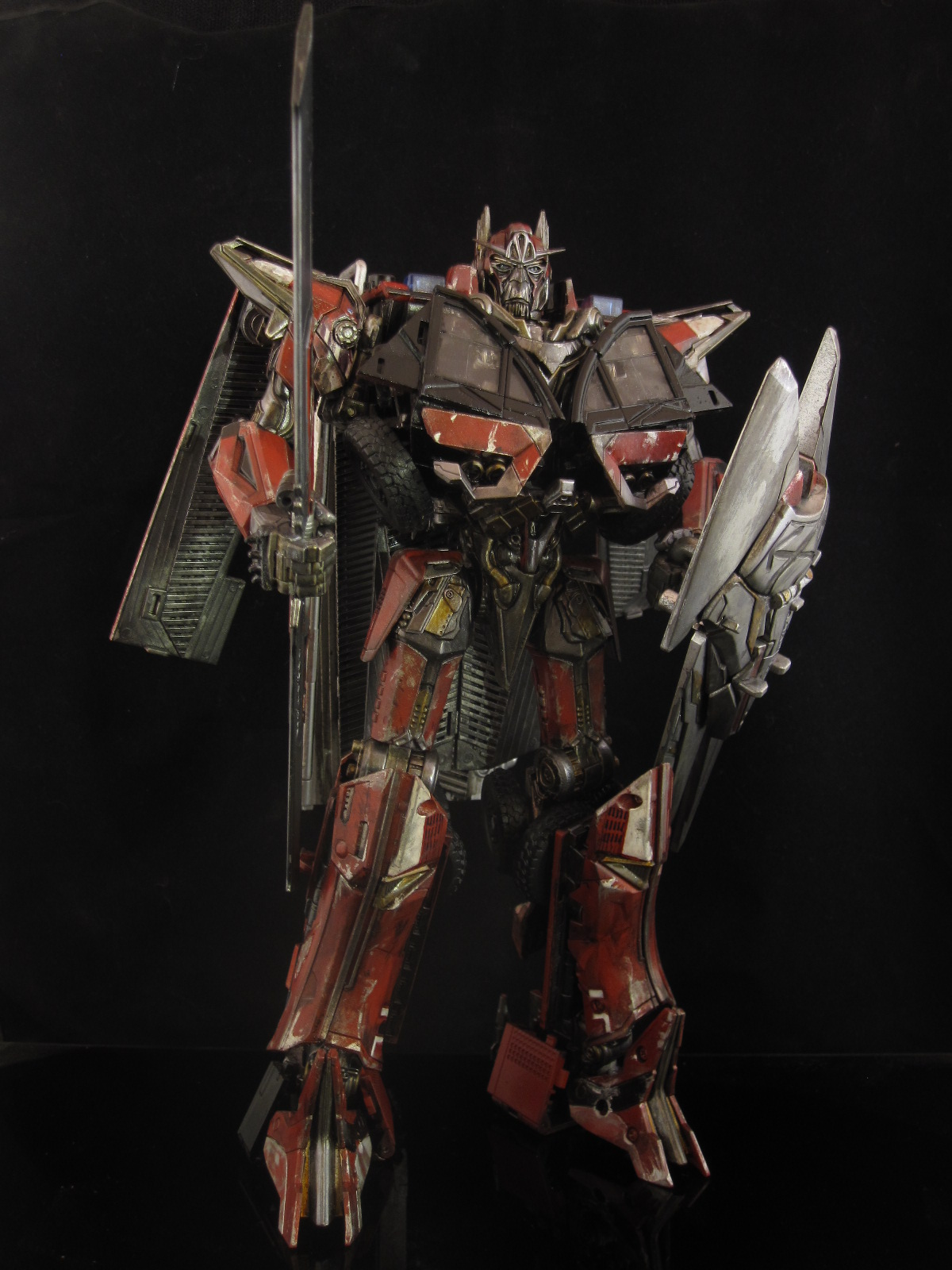 sentinel prime custom leader class transformers toy dark of the moon