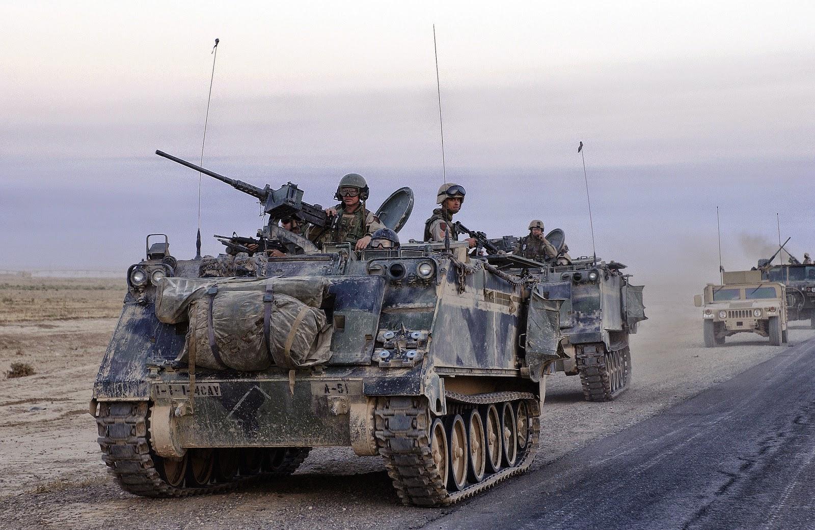 Armored%2Bpersonnel%2Bcarrier.jpg