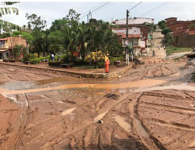 Chuva de 178 milímetros em Farias Brito destrói ruas em diversos bairros e causa estragos