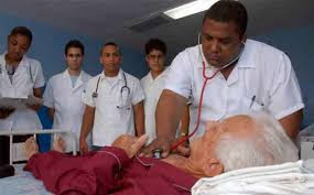 Cuba suspende envio de médicos para o Brasil