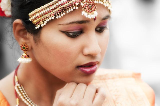 [Beauty Tips] खूबसूरत लगना है तो अपनाइये साउथ इंडियन ब्यूटी टिप्स इन हिंदी