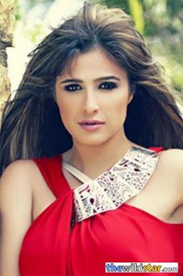 قصة حياة ياسمين عبد العزيز (Yasmin Abdel Aziz)، ممثلة مصرية
