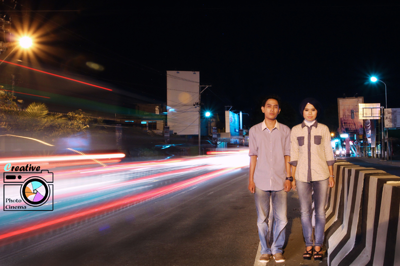 night prewedding photo