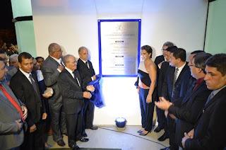 http://vnoticia.com.br/noticia/2467-nova-sede-da-camara-inaugurada-em-sao-francisco-de-itabapoana