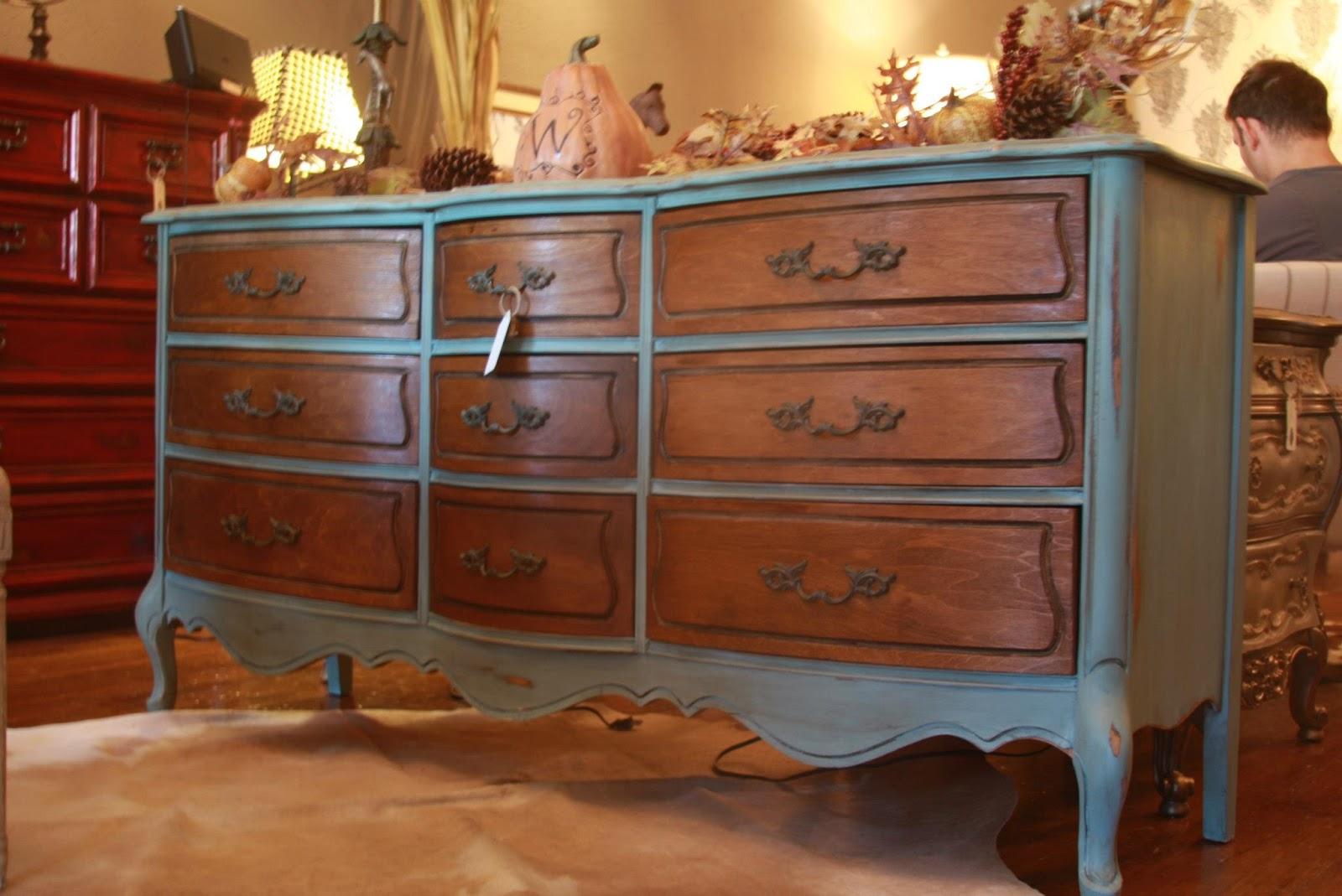 Hautewood Atelier Furnishings La Craie Furniture Paint