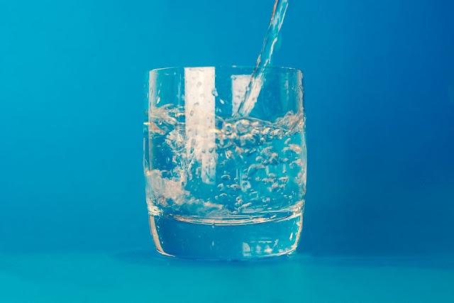 Air Putih Untuk Perut Buncit