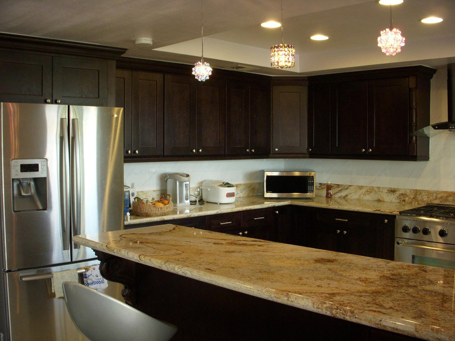 Ebony Shaker Kitchen Cabinets