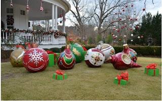 ideas para decorar fuera de la casa en navidad, adornar fuera de la casa en navidad